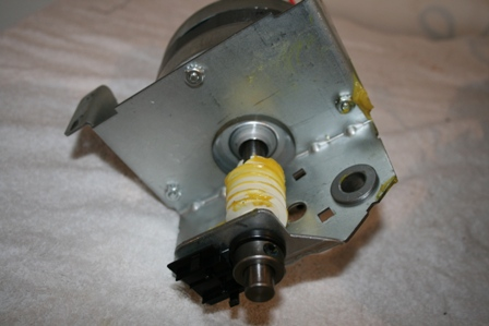 Remove and replace the worm gear
